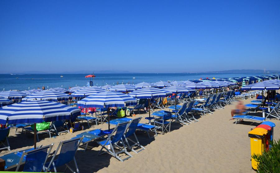Follonica mare numerosi servizi nella nostra spiaggia bagno cerboli - Bagno cerboli follonica ...
